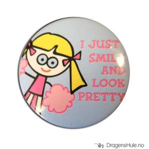 Bilde av Button 37mm: Blöndie: I just smile and look pretty